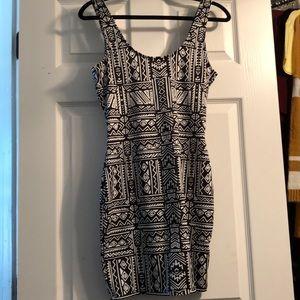 Body Con Tribal Print Dress
